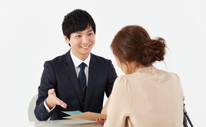 営業の副業は稼げる?営業の副業の始め方や報酬の相場