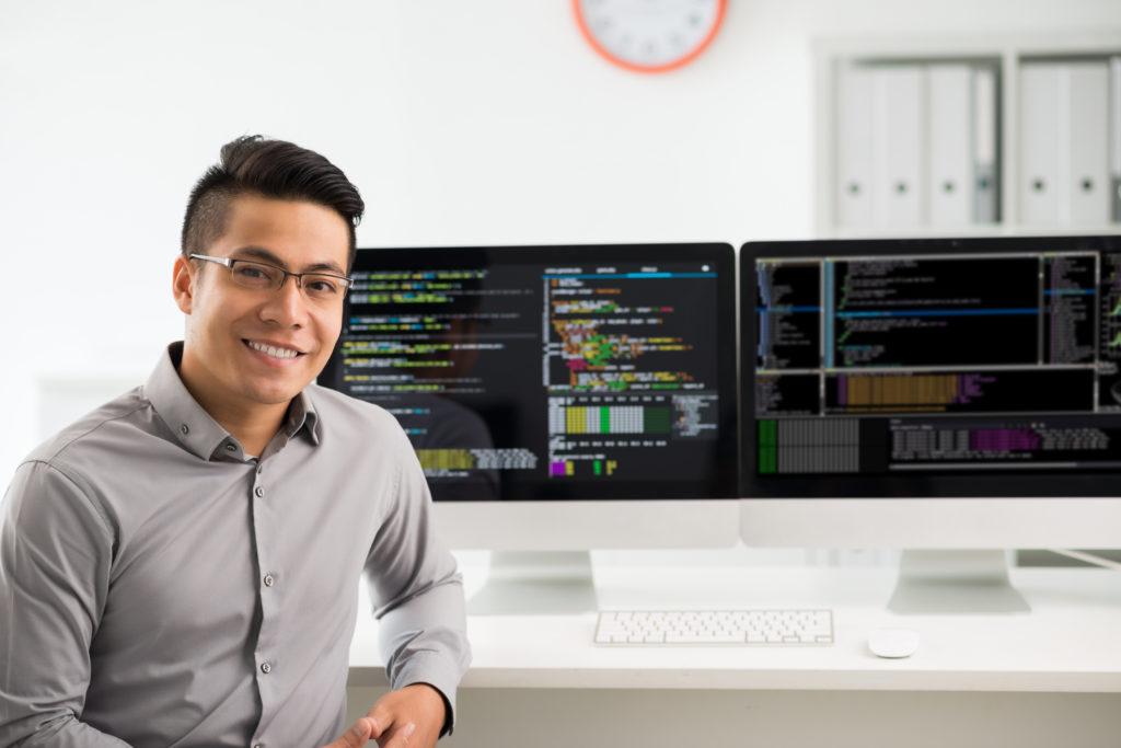 未経験から副業エンジニアを始めるには?学ぶべきプログラミング言語