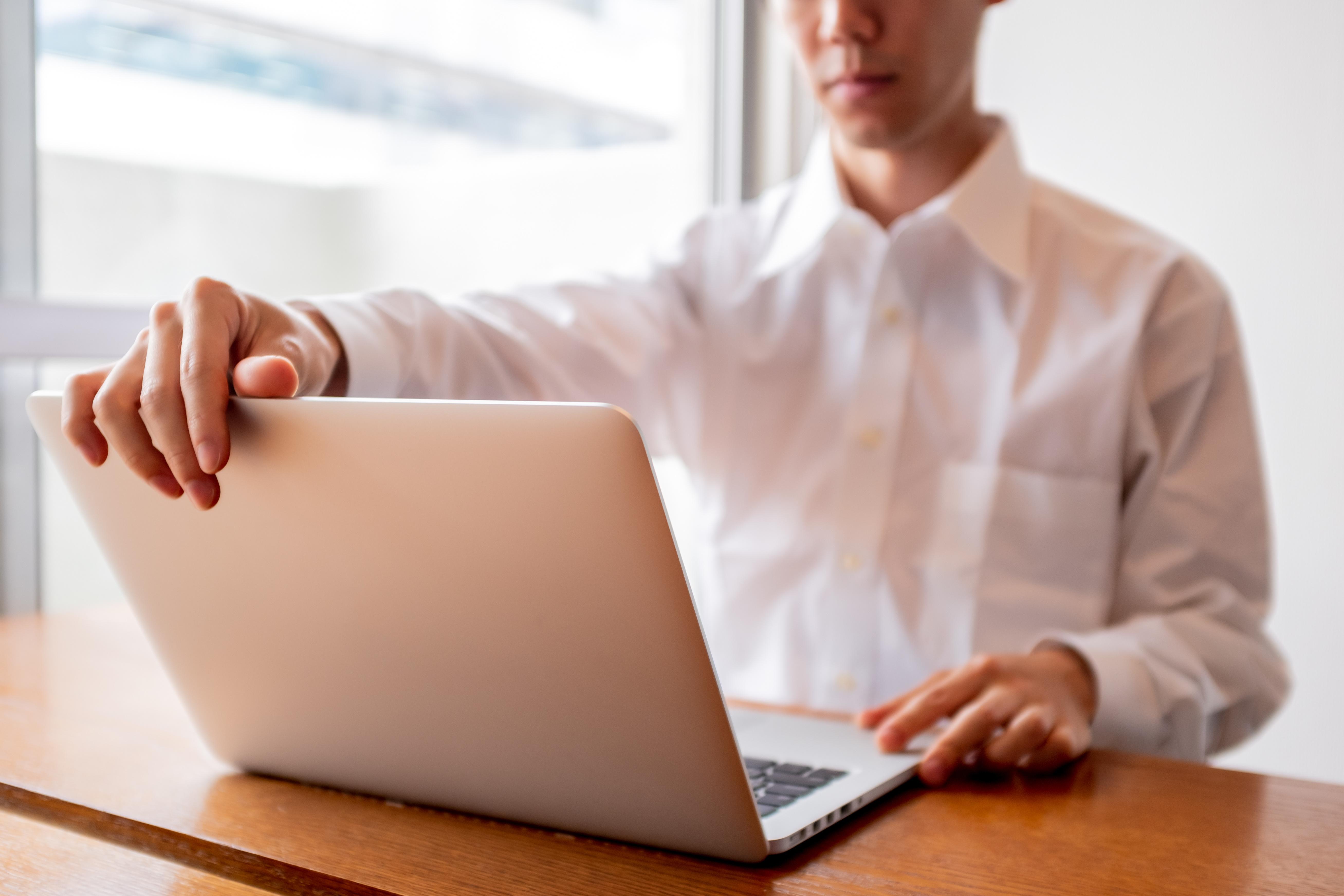 ネット副業で稼ぐためには時間をかけてコツコツ取り組むことが重要