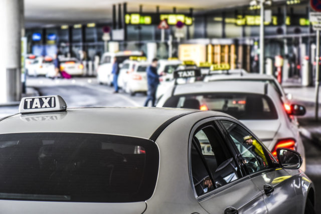 タクシーの副業